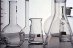 玻璃器皿上的污垢怎么清理?泡酒/实验用器皿的清理小窍门